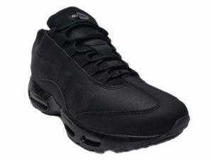 Зимние Nike Air Max 95 Low черные - фото спереди