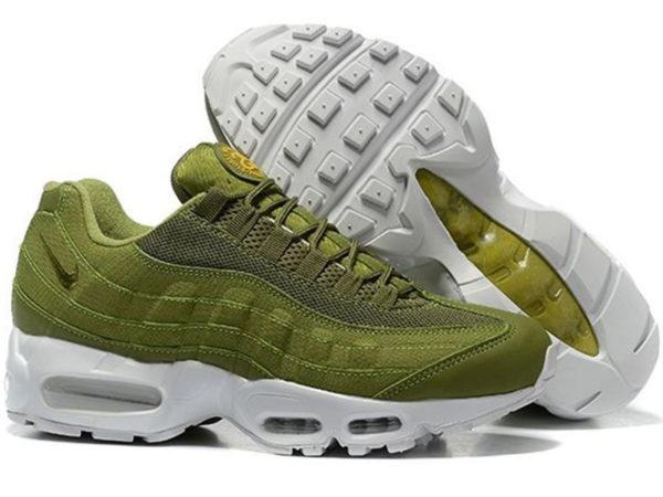 Nike Air Max 95 x Stussy зеленые с белым (40-45)