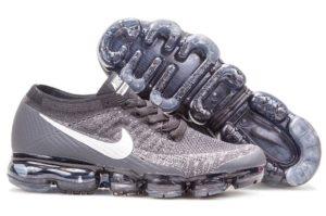 Nike Air VaporMax Flyknit черно-белые 40-44