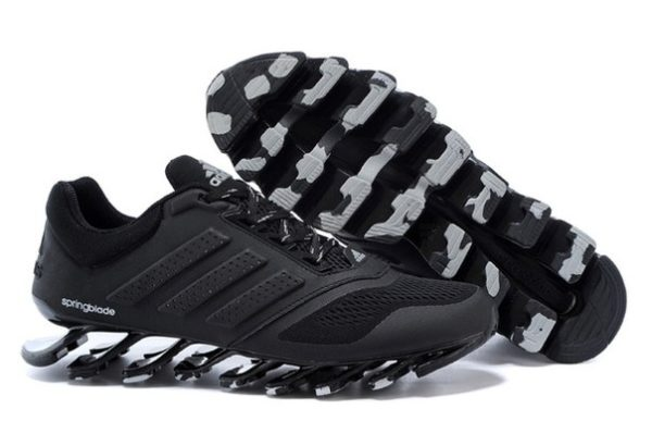 Adidas Springblade черные (40-45). Адидас Спрингдблейд.