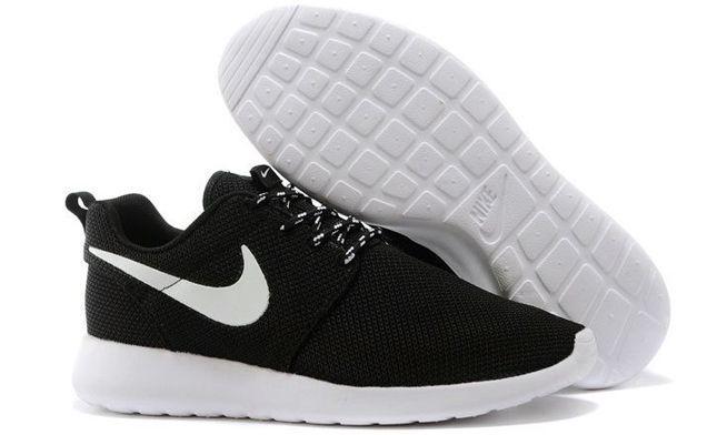 Nike Roshe Run черные с белым (35-44)