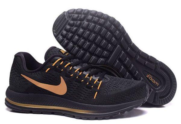 Nike Zoom Vomero 12 черные с золотым (40-44)