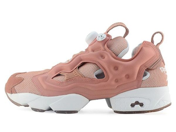 Розовые кроссовки Reebok