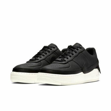 Черные кроссовки 38 размера