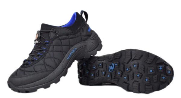 Черные кроссовки Merrell