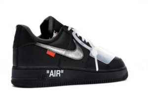 Nike Air Force 1 LV8 черные с серебристым (35-44)